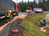 Právě teď: Dopravní nehoda osobního vozu s nákladním zaměstnává veškeré složky IZS (3)