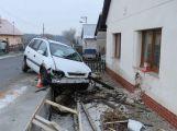 2.12. Narysov, symk na náledí, alkohol u řidiče 1,4 promile, škoda 85 tisíc ()