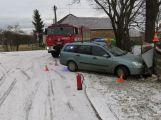 9.12., k.o. Háje, smyk při odbočování, namrzlá silnice, škoda 38 tisíc, bez zranění (1)