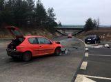 Přednost příčinou ranní nehody dvou vozidel (2)