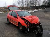 Přednost příčinou ranní nehody dvou vozidel (4)
