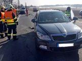 Na hlavní silnici je omezen provoz z důvodu vážné dopravní nehody (10)
