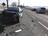 Na hlavní silnici je omezen provoz z důvodu vážné dopravní nehody (1)