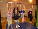 Cvičí mladí, staří, Méďové, Borci i celý Cirkus (11)