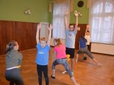 Cvičí mladí, staří, Méďové, Borci i celý Cirkus (2)