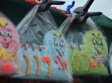 Na náměstí 17. listopadu byli včera zváni masožrouti a jedlíci. Sešla se jich pouze hrstka (11)