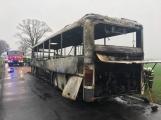 Aktuálně: Plameny zachvátily autobus (4)
