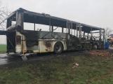 Aktuálně: Plameny zachvátily autobus (5)