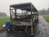 Aktuálně: Plameny zachvátily autobus (6)