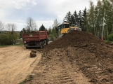 V Čechovské ulici jsou v plném proudu práce na výstavbě parkoviště (3)