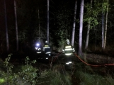 Právě teď: Výjezd příbramských hasičů si vyžádal požár trávy (10)