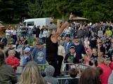 Stovky fanoušků si užily pořádnou porci skvělé muziky i ohňovou show (60)