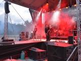 Stovky fanoušků si užily pořádnou porci skvělé muziky i ohňovou show (15)