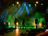 Stovky fanoušků si užily pořádnou porci skvělé muziky i ohňovou show (6)