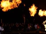 Stovky fanoušků si užily pořádnou porci skvělé muziky i ohňovou show (48)