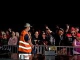 Stovky fanoušků si užily pořádnou porci skvělé muziky i ohňovou show (36)