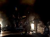 Stovky fanoušků si užily pořádnou porci skvělé muziky i ohňovou show (27)