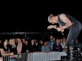 Stovky fanoušků si užily pořádnou porci skvělé muziky i ohňovou show (31)