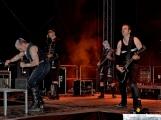 Stovky fanoušků si užily pořádnou porci skvělé muziky i ohňovou show (34)