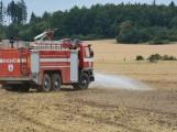 Současné sucho a polní práce přidělávají práci hasičům. Na Příbramsku během hodiny vyjeli dvakrát. (8)