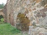 Duch krutého rytíře Hunce obývá okolí zříceniny dodnes (5)