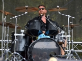 Rockový nářez si v Jincích užívalo více než tisíc diváků (30)