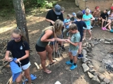 Chraštice už léta nemají skautský oddíl, přesto děti mají možnost nejen trávit tábor ve Skautském Hradišti, ale také se zde učit skautských hodnotám (3)