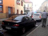 Dvě auta se srazila v Rožmitálské (1)
