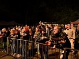 Březnické sobotní nebe rozzářil ohňostroj a světla Rockfestu (62)