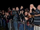 Březnické sobotní nebe rozzářil ohňostroj a světla Rockfestu (63)