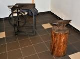 Středověk v muzeu vystřídali kováři, truhláři a grafici (8)