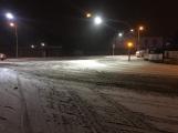 Aktuálně: Silnice pokryl sníh a náledí, komplikace v dopravě sledujeme ON-LINE (7)