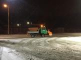 Aktuálně: Silnice pokryl sníh a náledí, komplikace v dopravě sledujeme ON-LINE (8)