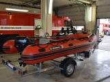 Profesionální hasiči z Dobříše dostali nový přívěs pro záchranný člun (10)
