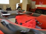 Profesionální hasiči z Dobříše dostali nový přívěs pro záchranný člun (9)