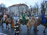 Do Příbrami opět dorazili Tři králové na velbloudech (31)