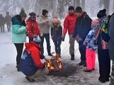 Zimní Brdy uvítaly účastníky pochodu pořádnou sněhovou nadílkou (31)