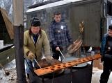 Zimní Brdy uvítaly účastníky pochodu pořádnou sněhovou nadílkou (38)