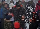 Zimní Brdy uvítaly účastníky pochodu pořádnou sněhovou nadílkou (63)