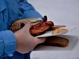 Zimní Brdy uvítaly účastníky pochodu pořádnou sněhovou nadílkou (65)