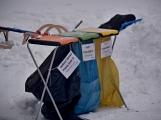 Zimní Brdy uvítaly účastníky pochodu pořádnou sněhovou nadílkou (66)