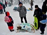 Zimní Brdy uvítaly účastníky pochodu pořádnou sněhovou nadílkou (93)