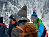 Zimní Brdy uvítaly účastníky pochodu pořádnou sněhovou nadílkou (94)