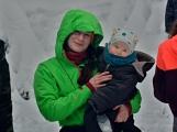 Zimní Brdy uvítaly účastníky pochodu pořádnou sněhovou nadílkou (97)