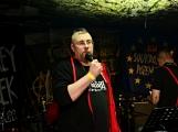 Narozeniny kapely Soukromey pozemek naplnily Bunggrr k prasknutí (50)