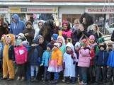 Děti z mateřinek roztančily náměstí (15)