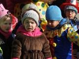 Děti z mateřinek roztančily náměstí (18)