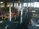Rožmberk v plamenech: Výletní parník zachvátil požár (4)