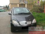 Zloděj vykradl auto před kulturním domem ()