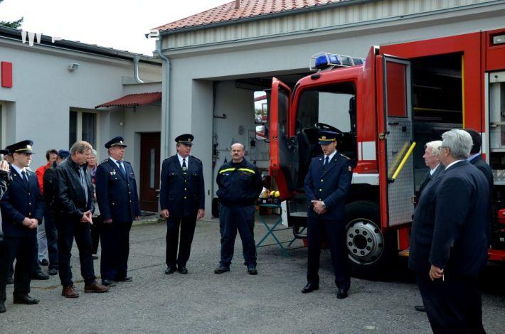 V úterý odpoledne převzali hasiči z JPOII. …